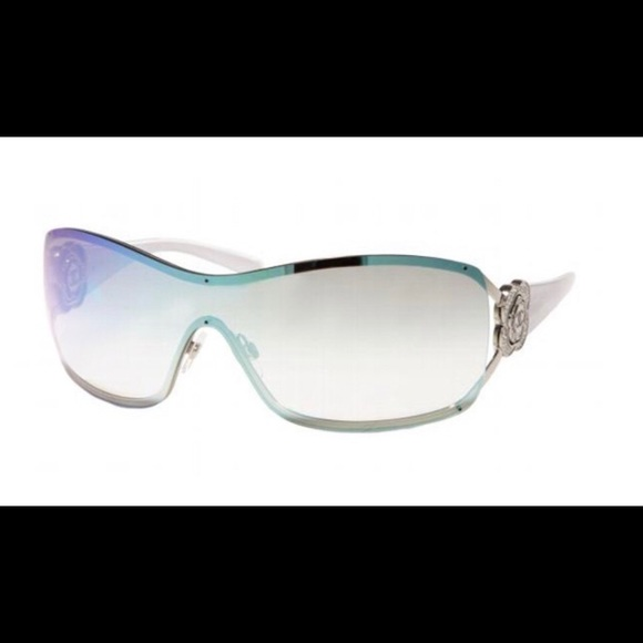 ea40a79fa4 CHANEL Accessories - CHANEL 4164B Sunglasses Mirror Pearl   Pearlescent